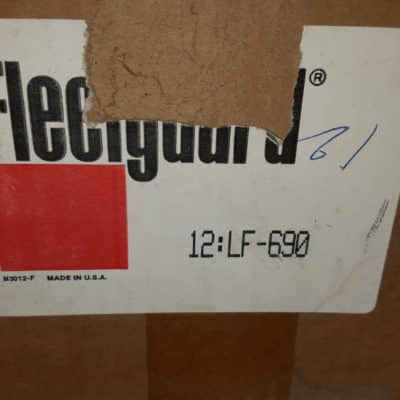 Fleetguard lf690